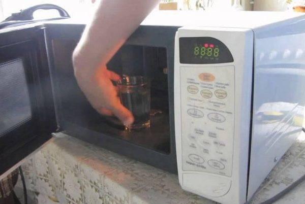 Советы профессионалов, помогающие выявить причины поломки микроволновой печи и устранить их