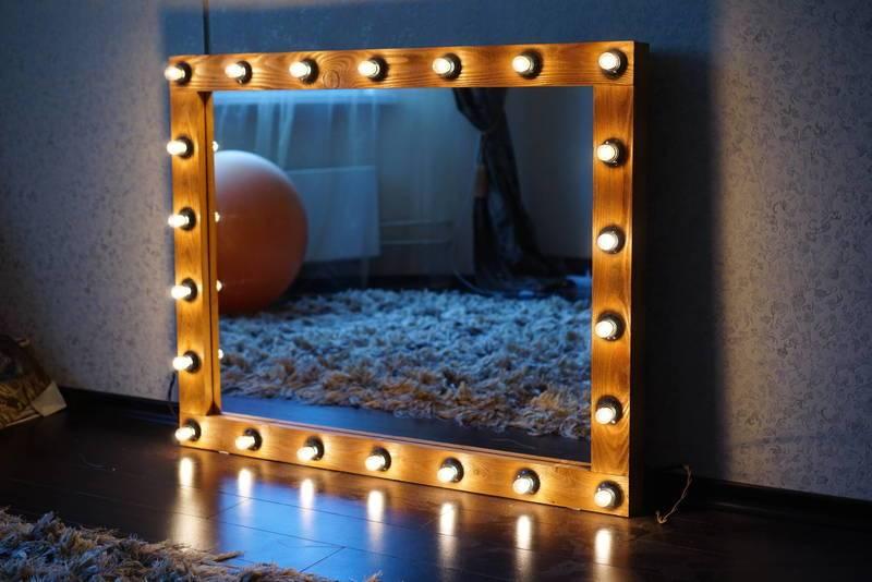 Зеркало с подсветкой для макияжа, модели, материалы, варианты ламп