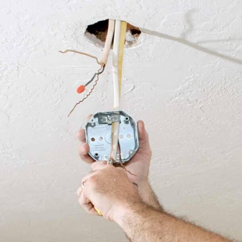 Монтаж светильников в натяжной потолок – разбор ошибок