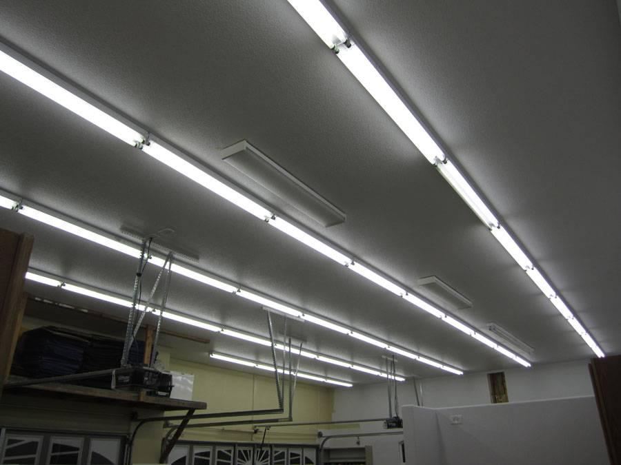 Освещение в гараже: какое лучше выбрать, как правильно сделать своими руками