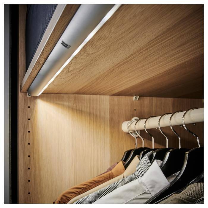 Подсветка в шкаф - 70 фото идей правильной организации