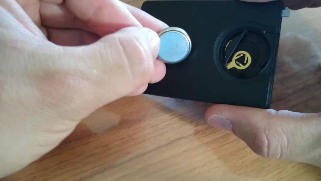 7 доработок мультиметра - фонарик, аккумулятор, крепеж на руку, подсветка, щупы, кнопка
