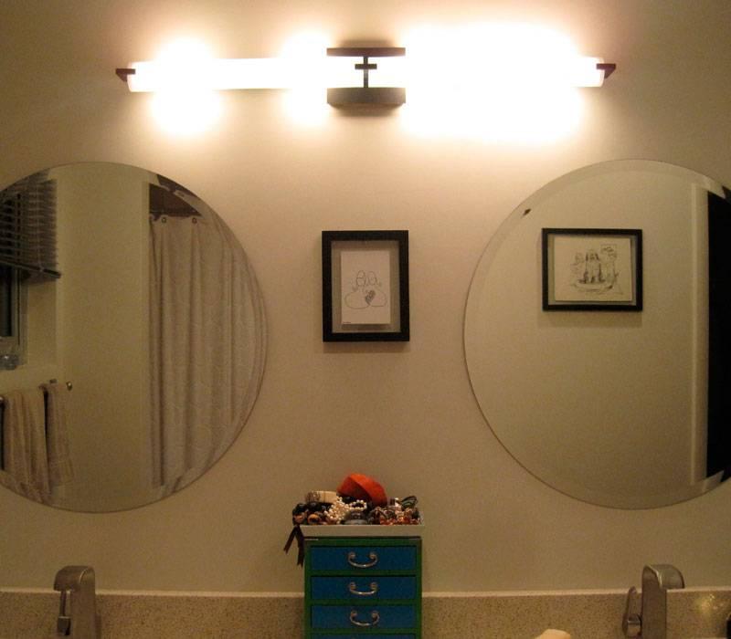 Выбираем настенные светильники в ванную (фото)