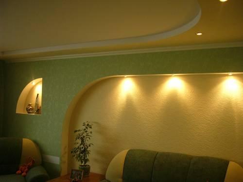 Вместе с экспертами разберем, как сделать потолок из гипсокартона с подсветкой