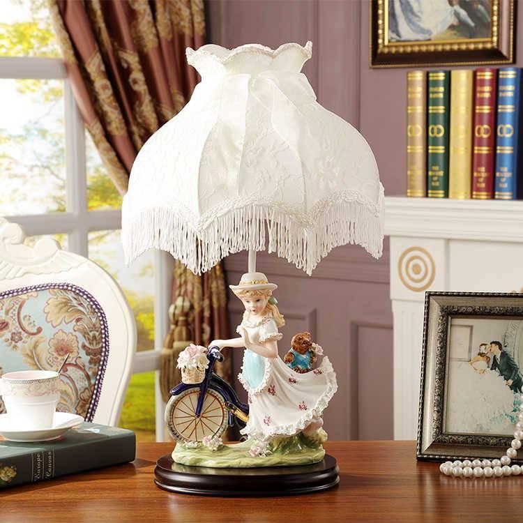 Обзор настольных ламп в стиле прованс