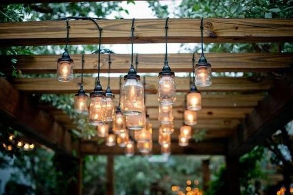 Освещение террасы, как организовать функциональное и красивое освещение, тонкости выбора ламп и светильников - 13 фото