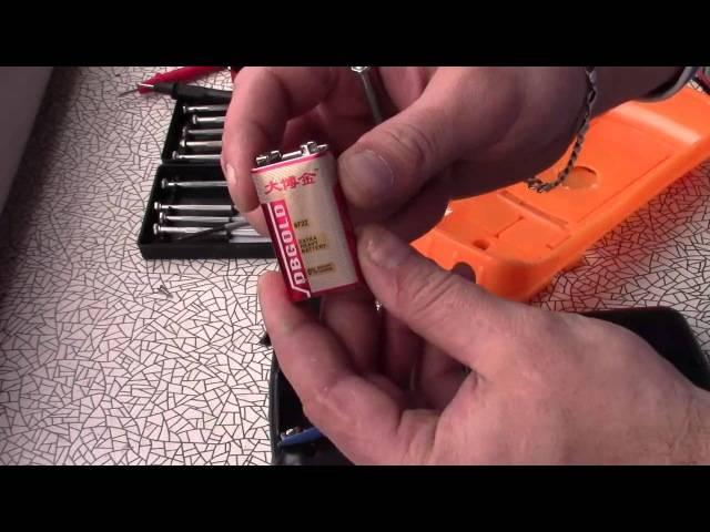 Как проверить батарейку на работоспособность — с мультиметром и без него?