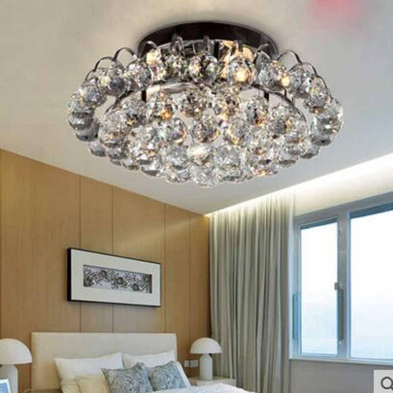 Люстры для комнат с низким потолком: 5 интересных вариантов