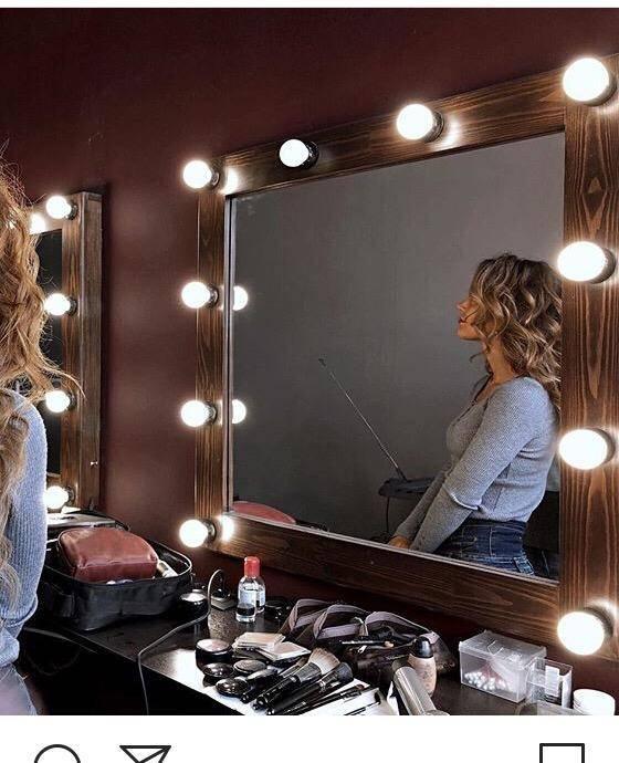 12 лучших зеркал с подсветкой для макияжа