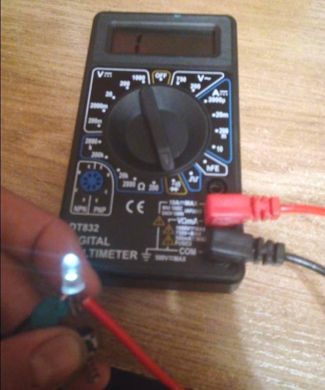 Как проверить светодиодную лампочку (мультиметром) в домашних условиях