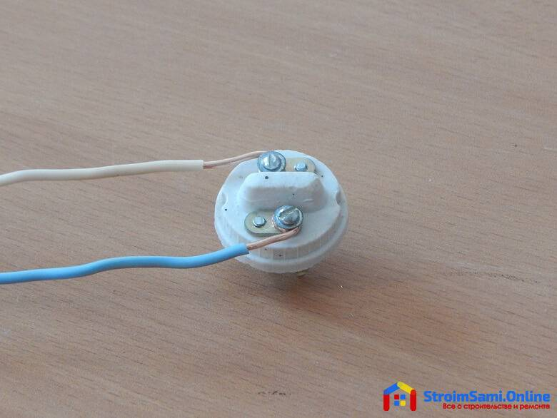 Установка патрона для лампочки: схема подсоединения к проводам
