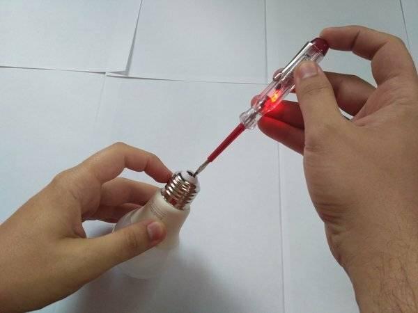 Как пользоваться индикаторной отверткой: способы обнаружения неполадок
