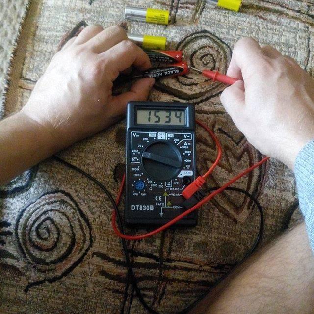 Измерение напряжения и тока мультиметром — как делать нельзя.