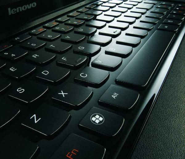 Часто работаете за компьютером в темноте? светодиоды под клавишами – это то, что нужно