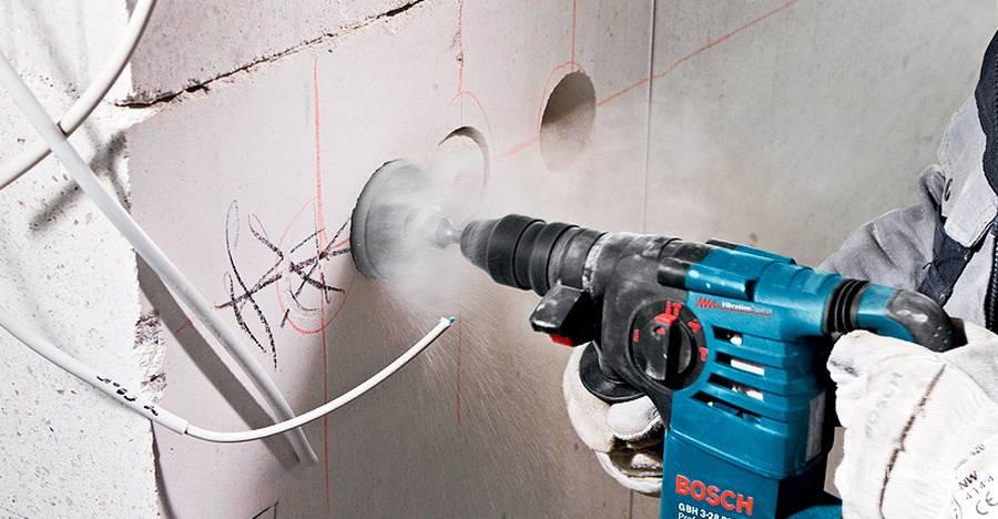 Как штробить стены под проводку — требования, подбор инструмента, технология штробления