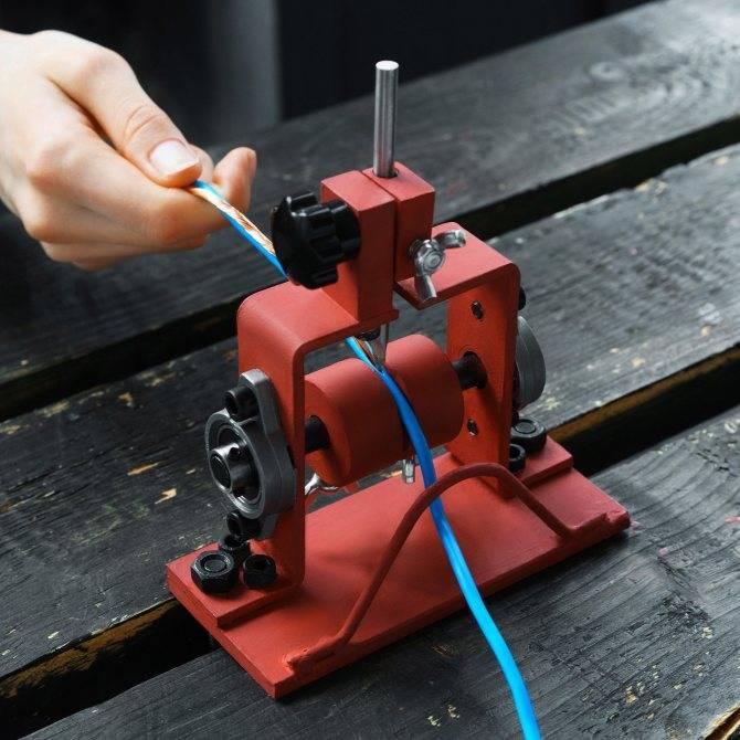 Съемник изоляции jokari n15 для круглых кабелей nym.