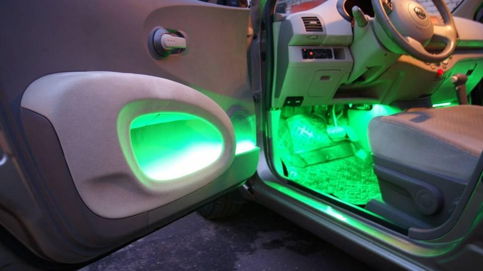 Подключаем светодиодную ленту к автомобилю сами: 3 основных способа   auto-gl.ru