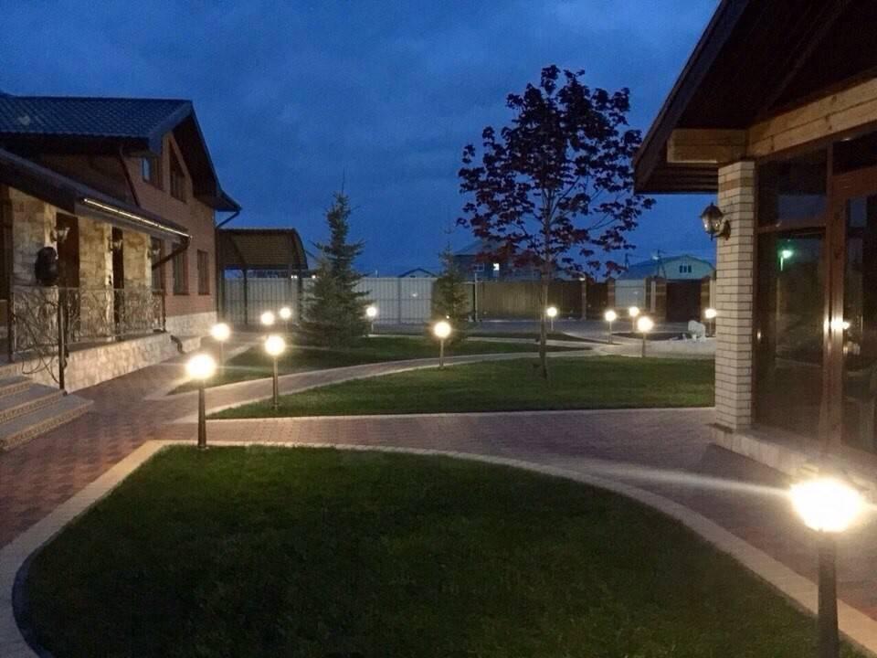 Освещение участка загородного дома: как сделать подсветку своими руками на даче