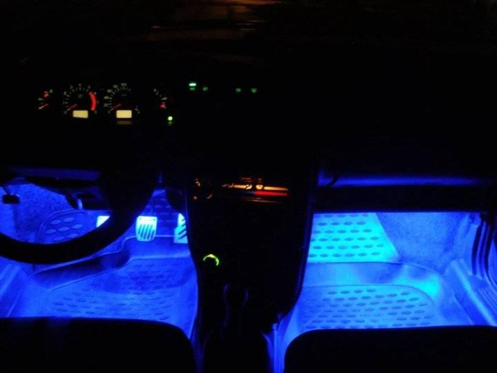 Подсветка салона автомобиля своими руками: светодиодная лента, неоновые лампы