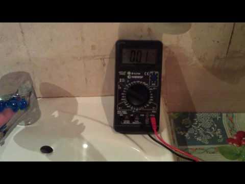 Почему бьет током от воды из водонагревателя?