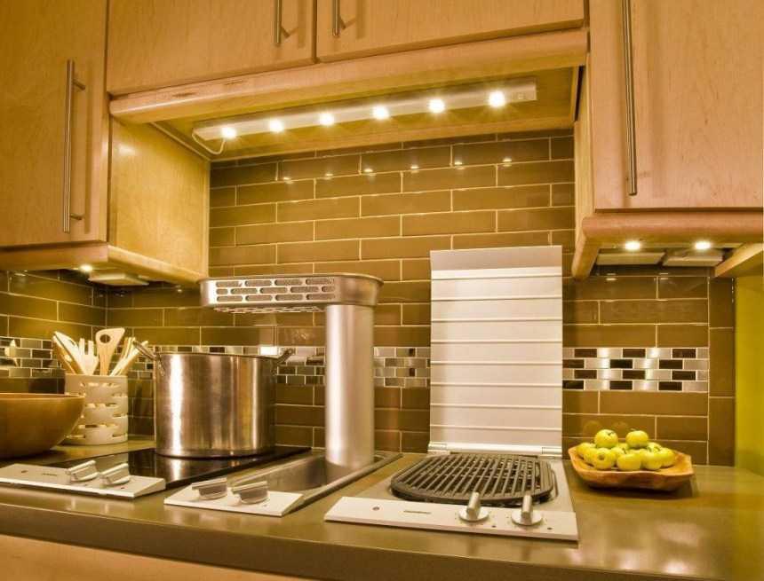 Освещение на кухне: 100 фото идей в интерьере