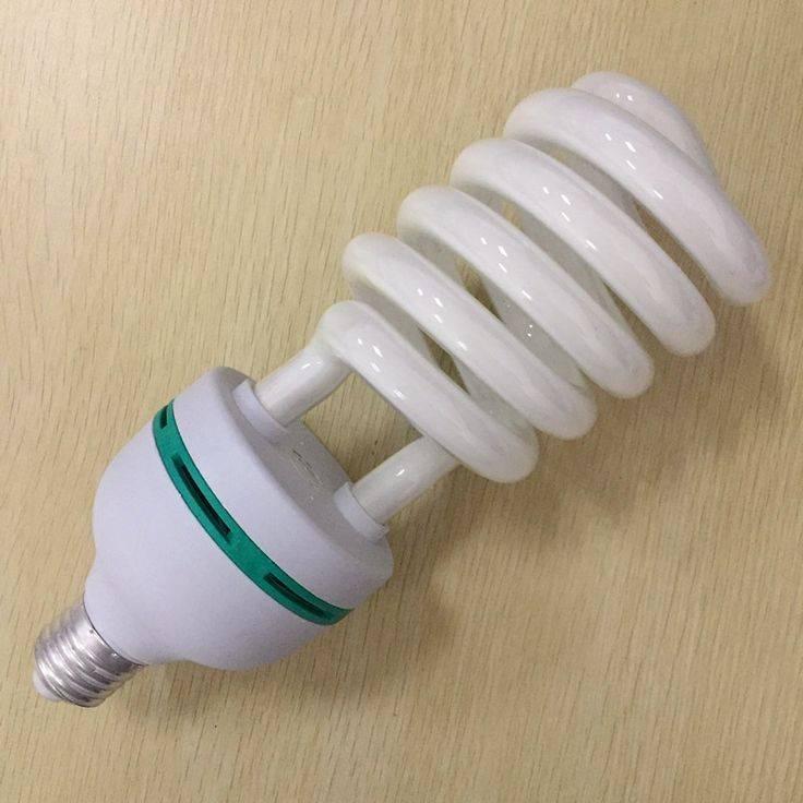 Что делать если разбилась энергосберегающая лампочка в квартире