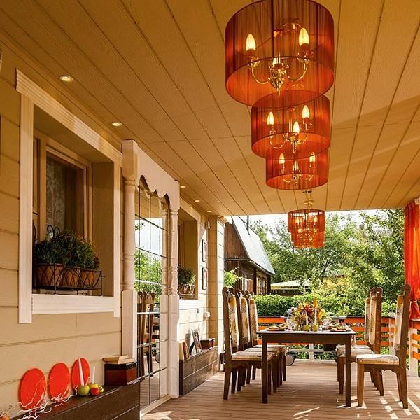 Освещение террасы загородного дома