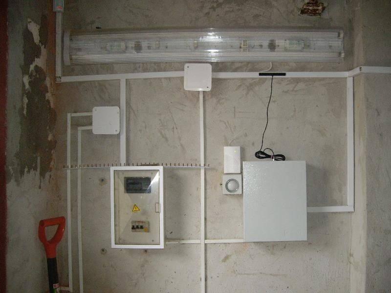 Особенности и правила разводки электропроводки в гараже своими руками