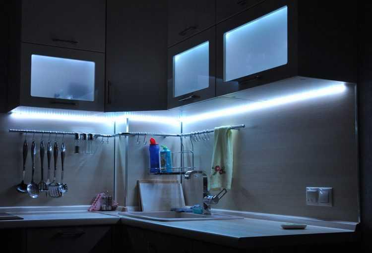Шкаф с подсветкой - виды светильников, места и способы монтажа