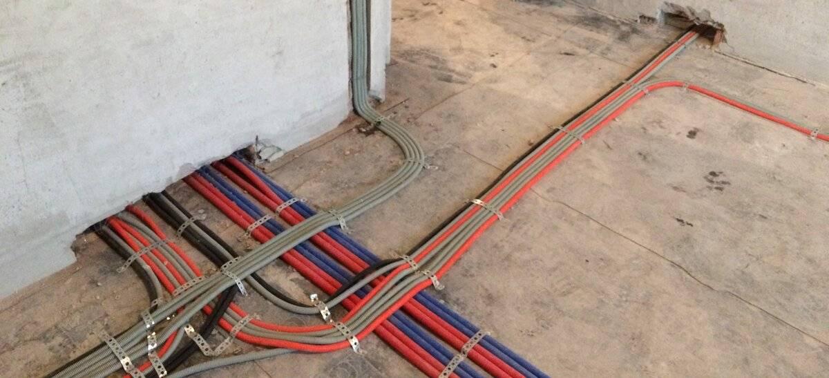 Проклaдкa электропроводки под полом по всем правилам