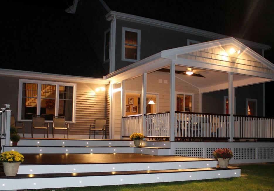 Освещение террасы: как сделать его практичным и стильным