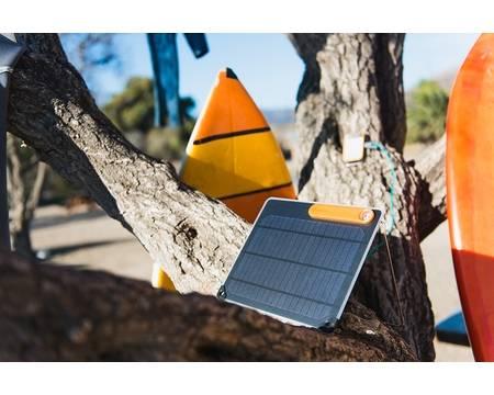 Топ-9 лучших портативных зарядных устройств на солнечных батареях 2021 года в рейтинге zuzako