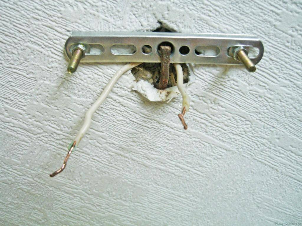 Крепление люстры на натяжной потолок планка: установка люстры