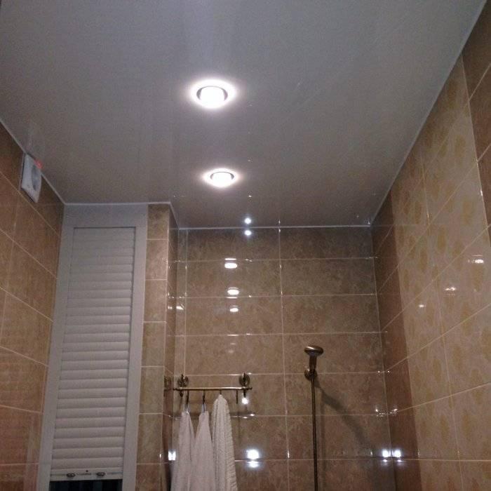 Натяжные потолки в спальне с точечными светильниками: фото дизайн