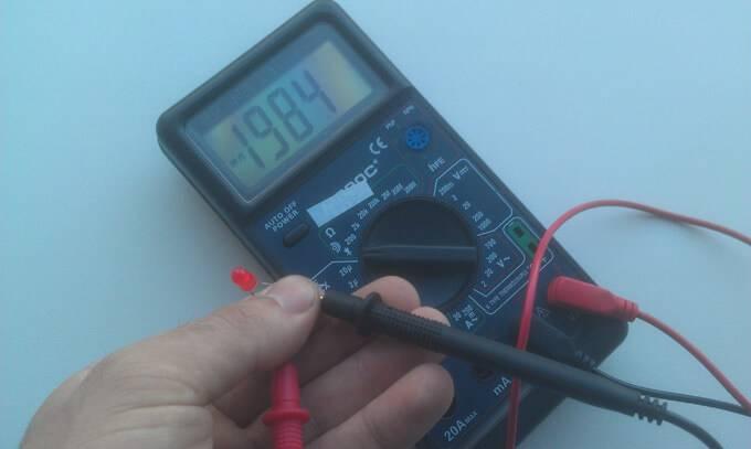 Как просто проверить светодиод мультиметром