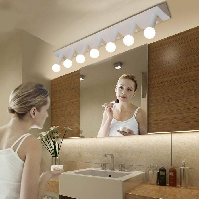 Как выбрать подходящий настенный светильник в ванную комнату