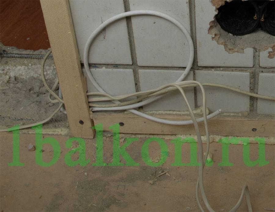 Инструкция: как провести электричество на балкон
