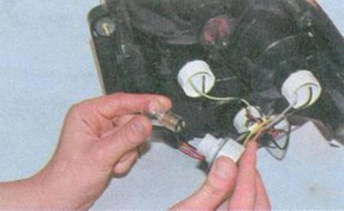 Не работает панель приборов на ваз 2110: не горит подсветка, комбинация и распиновка приборки   luxvaz