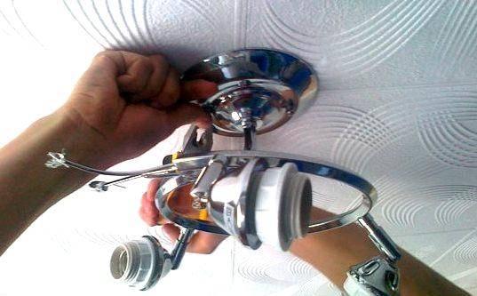 Статья-инструкция о том, как повесить люстру на бетонный потолок: 51 фото и 2 видео