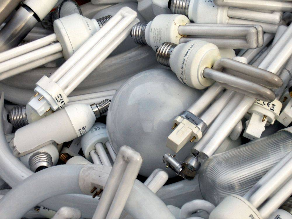 Куда сдавать энергосберегающие лампы для утилизации