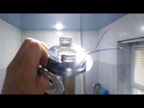 Как снять лампочку с натяжного потолка: как поменять светильник, светодиодная лампа и точечный, видео