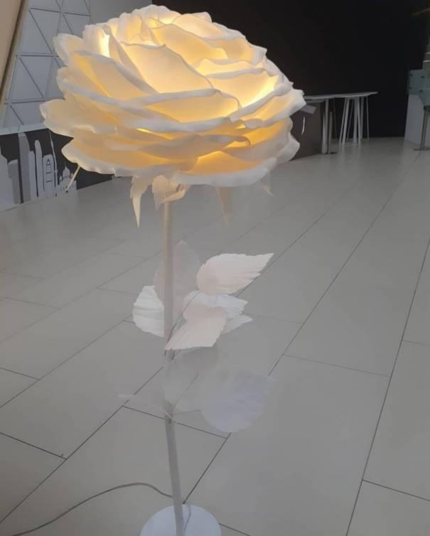 Цветущий светильник— ночник из обрезков изолона
