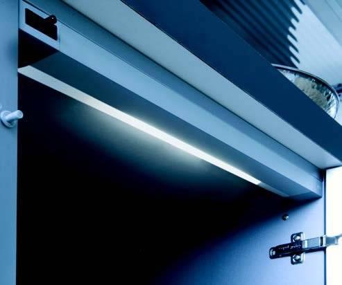 Как сделать подсветку в стеклянном шкафу? - все про мебель