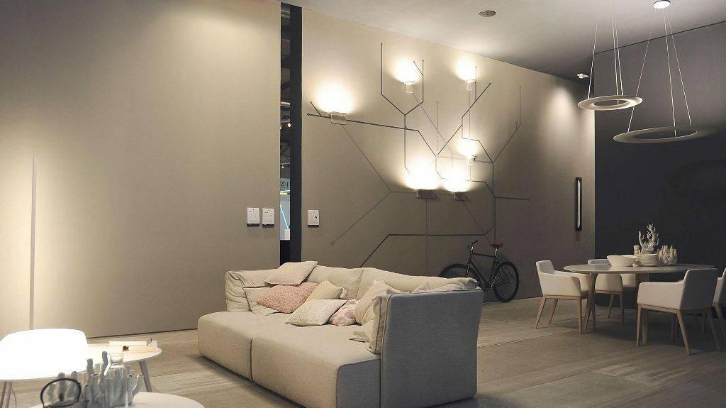 Варианты освещения потолка в комнате без люстры