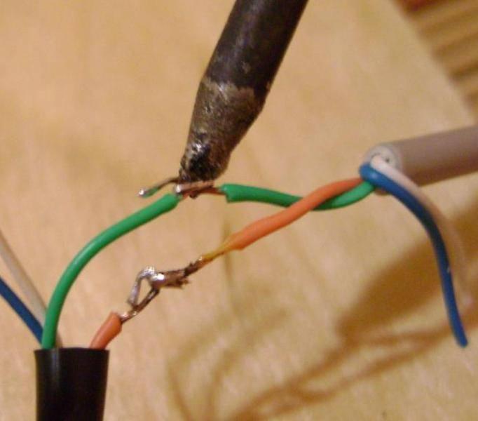 Как правильно паять многожильные и одножильные провода паяльником