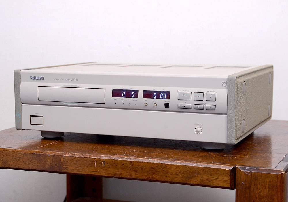 Обзор продвинутой бритвы philips 9000 с системой самоочистки