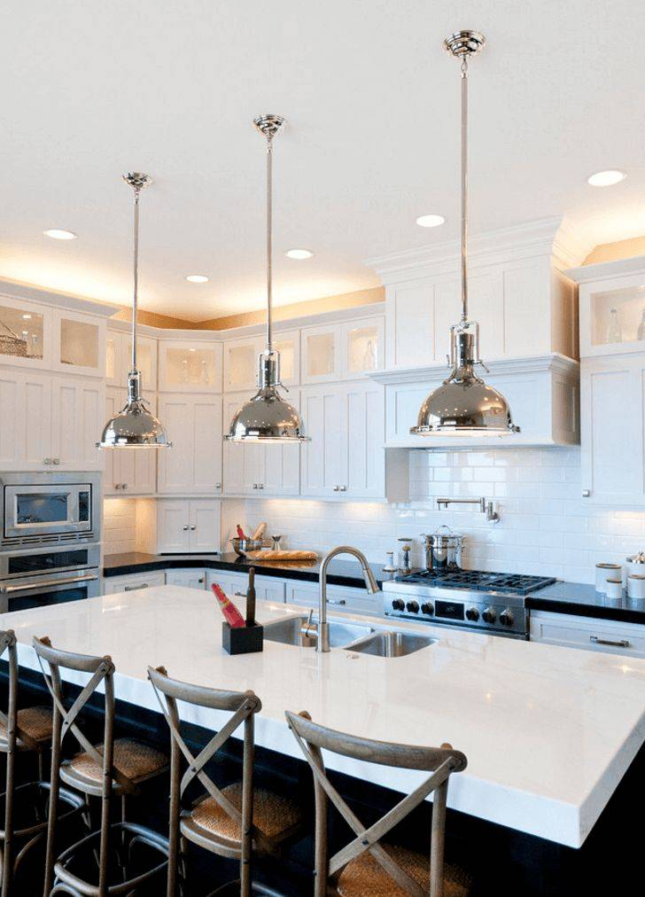 Освещение на кухне с натяжным потолком, разнообразие светильников и как с их помощью создать стильную и функциональную подсветку - 17 фото