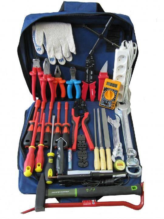 Типовой набор инструмента электрика нашей аварийной службы. общая информация