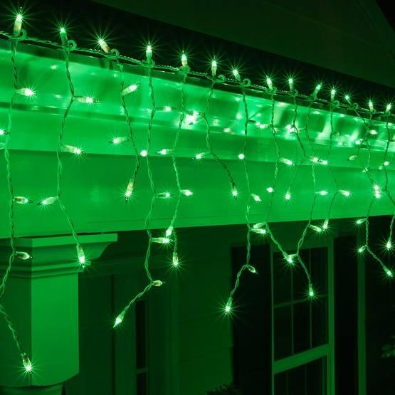 Светодиодная бахрома - необычная гирлянда для улицы и помещений