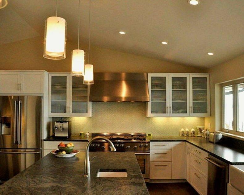 Как можно рассчитать, какое количество светильников нужно в комнату с натяжным потолком